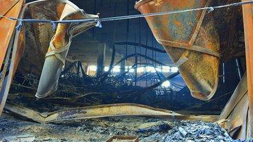 Die Textilfabrik Ali Enterprises in Karatschi/Pakistan nach dem Brand im September 2012